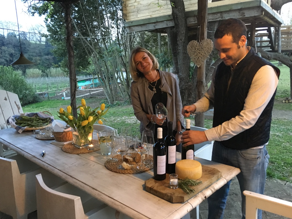 Laura at terre del veio with friends